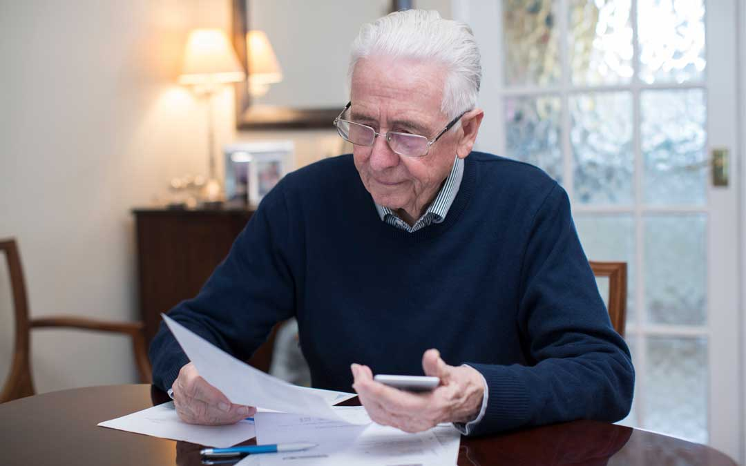 How Seniors Can Stay Out of Debt